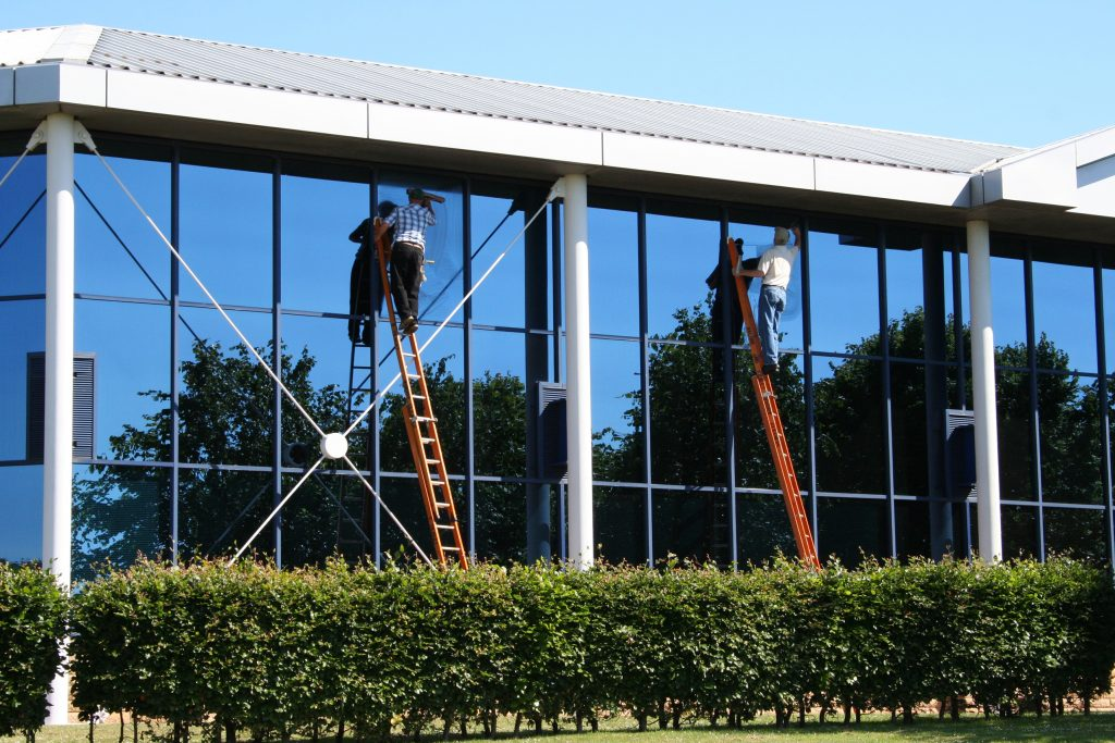 Window Washers in Arlington